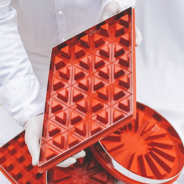 Zila Cake Mould - 40-triangles